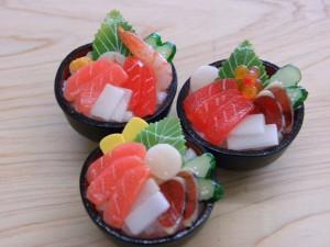 葵サンプル海鮮丼ストラップ